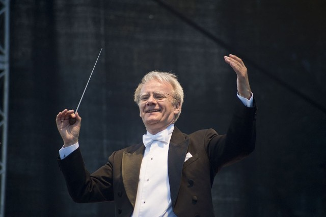 Koncert został poprowadzony przez Wojciecha Rajskiego