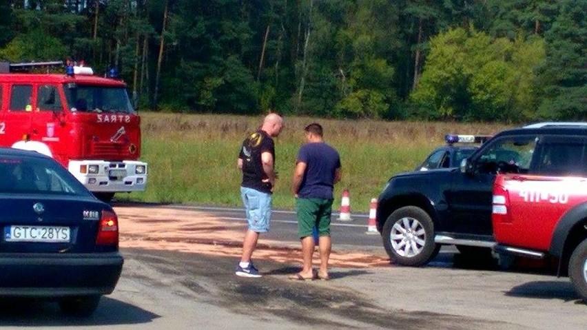 Do wypadku doszło na drodze krajowej nr 22. Motocyklista...