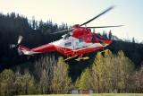 Burza w Tatrach: TOPR - czym ratownicy latają na pomoc poszkodowanym po uderzeniu pioruna pod Giewontem? To Sokół z PZL-Świdnik [22.08.2019]
