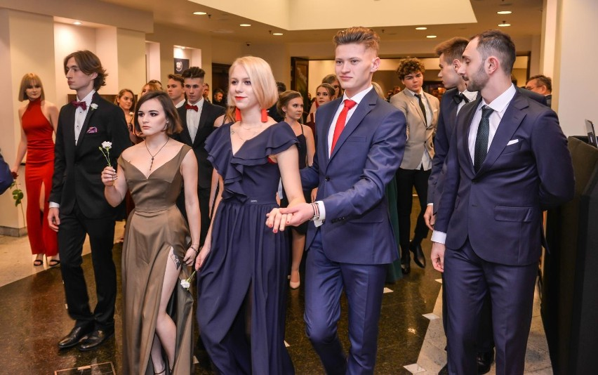 Studniówka VIII Liceum Ogólnokształcącego w Gdańsku odbyła...
