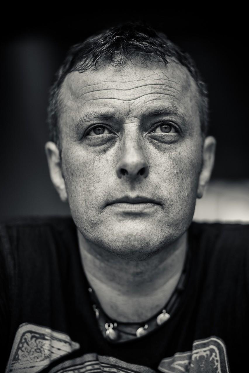 Tymon Tymański to multiinstumentalista, kompozytor,...