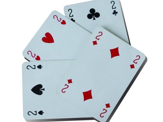 Jan J. połasił się nawet na karty do gry. Próbował ukraść aż dwie talie.