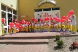 """Wyjątkowy """"Dzień Rodzinny"""" w staszowskim przedszkolu numer 8. Były wspaniałe występy i momenty wzruszenia (ZDJĘCIA)"""