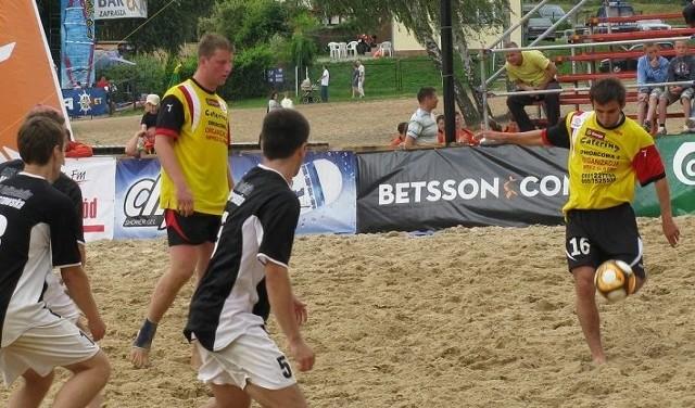 Gra na piasku jest bardzo efektowna. Tak walczono na turnieju w zeszłym roku.