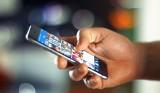 Premiera iPhona. Ceny zakupu, jak i ewentualnego serwisowania iPhone'ów rosną z roku na rok.