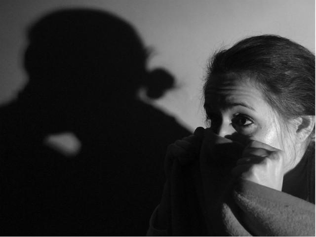 Długo nie miała pojęcia, dlaczego takie dziwne przypadki dotykają członków jej rodziny. Dopóki nie dowiedziała się, że...
