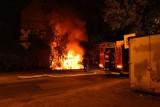 Wrocław: Pożar przy Pilczyckiej. Mieszkańcy słyszeli wybuch (ZDJĘCIA)