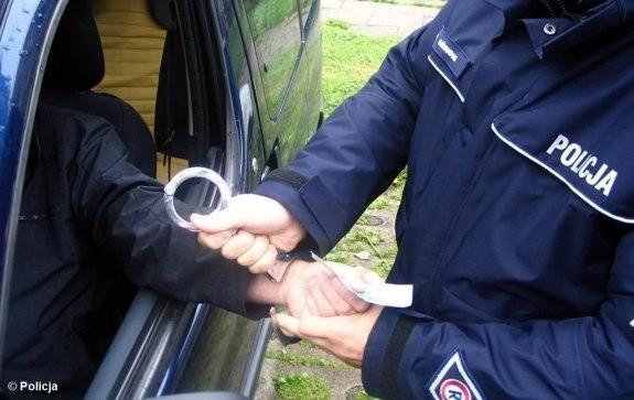 Próbował przekupić policjantów podczas kontroli na S8. Teraz może trafić na 10 lat do więzienia