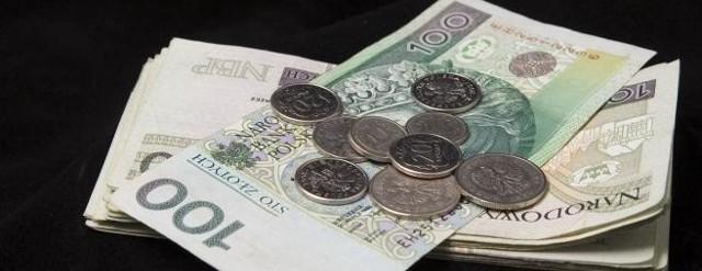 78-letnia białostoczanka straciła oszczędności i biżuterię wartą około 1700 złotych