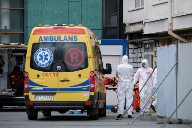 Koronawirus w Polsce. W sobotę Ministerstwo Zdrowia poinformowało o 222 nowych przypadkach zakażenia. Ostatniej doby zmarła 1 osoba