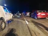 Wielki karambol na S1 w Jaworznie. Zderzyło się kilkanaście samochodów. Jedna osoba nie żyje, są ranni. Na miejscu lądował śmigłowiec LPR