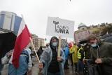 """Protest rolników w Warszawie. """"Jeżeli Kaczyński nie ustąpi, to naród go wymieni"""""""