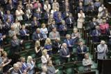 82. posiedzenie Sejmu: Nowi parlamentarzyści złożyli ślubowanie poselskie. Zastąpili posłów, którzy zdobyli mandat do Europarlamentu