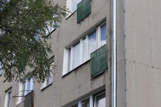 Do zdarzenie doszło w bloku przy ul. Wiejskiej w Pabianicach