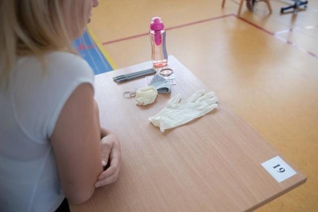 Z powodu epidemii koronawirusa egzamin 8-klasisty w 2020 r. odbył się w czerwcu