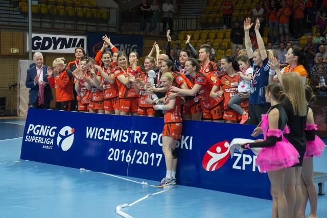 Metraco Zagłębie Lubin ubiega się o prawo do gry w Lidze Mistrzyń. Wicemistrzynie Polski zgodnie z zasadami powinny wystąpić w Pucharze EHF
