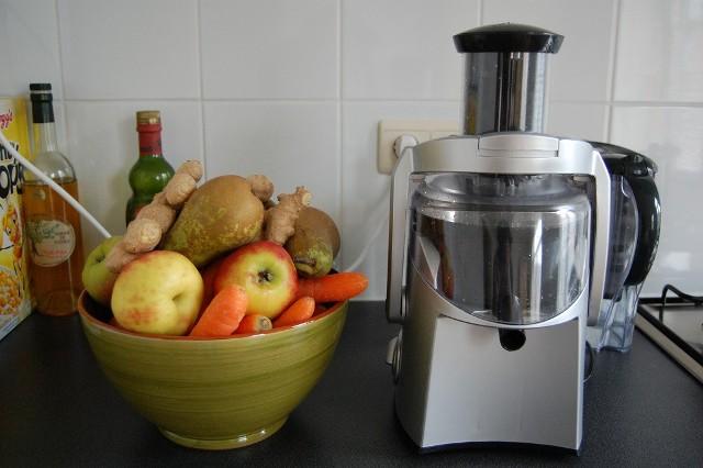 Sokowirówki pozwalają uzyskać sok z większości owoców i warzywSokowirówki pozwalają uzyskać sok z większości owoców i warzyw