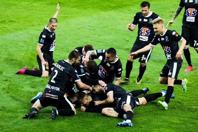 Jagiellonia w pierwszym meczu PKO Ekstraklasy po restarcie pokonała w Krakowie Cracovię 1:0 po golu Przemysława Mystkowskiego.