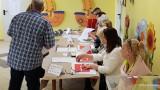 Eurowybory 2019. Gdzie głosować? Komisje wyborcze w wyborach do europarlamentu 2019. Godziny głosowania, karty do głosowania