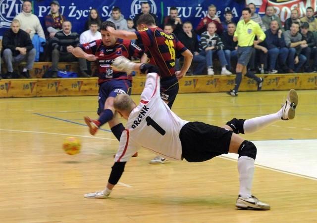 Pogon'04 - Clearex ChorzówMecz futsalu Pogon'04 Szczecin - Clearex Chorzów.