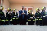 Mariusz Błaszczak w Lublinie. Minister nagrodził braci, którzy próbowali ugasić pożar domu