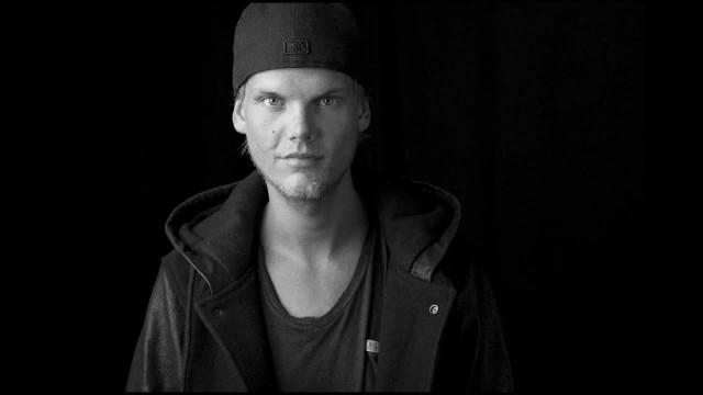 """Avicii przed śmiercią pracował nad kolejną płytą. Media obiegła informacja, że już wkrótce ukaże się nowa, pośmiertnie wydana płyta Avicii, zatytułowana """"Tim"""". Poprzedzi ją singiel """"SOS"""" promujący płytę."""