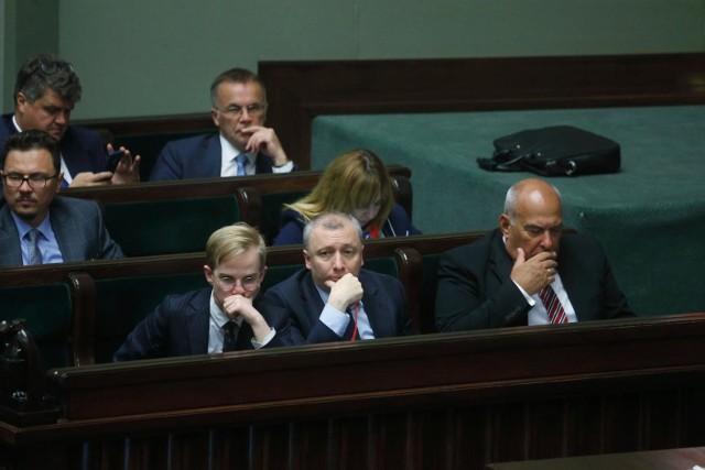 Wbrew temu, co zapowiadał na początku października minister finansów Tadeusz Kościński, od 1 stycznia wejdzie pięć nowych podatków, a cztery wzrosną.