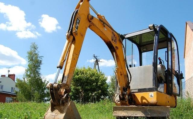 Sposób kopania pod fundamenty zależy w dużej mierze od rodzaju i specyfiki gruntu.