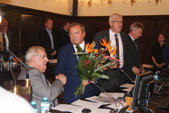 Gdy rada przyjęła rezygnację Adama Fudalego z funkcji, byłemu przewodniczącemu dziękował Andrzej Wojaczek. On także został pozbawiony funkcji wiceprzewodniczącego Rady Miasta Rybnika