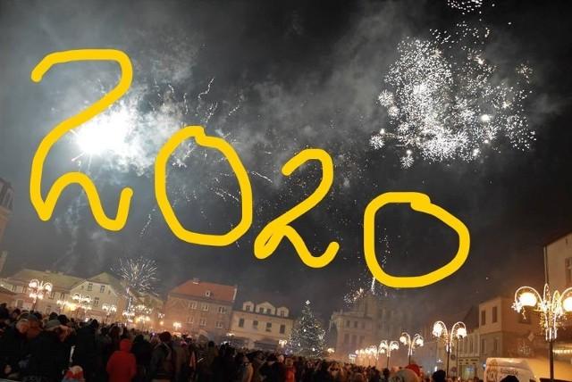 Rok 2020 na pewno upływał w Inowrocławiu pod dyktando koronawirusa. Pandemia zjednoczyła mieszkańców, którzy uczestniczyli w licznych akcjach charytatywnych. W Inowrocławiu odbywały się imprezy kulturalne i realizowano zaplanowane inwestycje