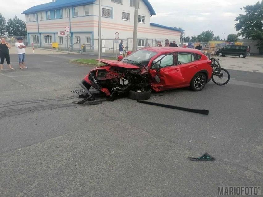 Wypadek na ul. Opolskiej w Niemodlinie. Siedem osób poszkodowanych.