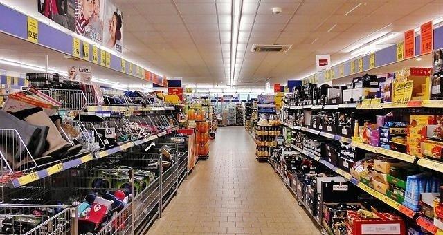 Wpływ podatku od sklepów wielkopowierzchniowych na rynek