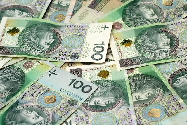Ile wyniesie waloryzacja rent i emerytur w 2021 r.? O szacunki pokusili się dziennikarze portalu Money.pl.