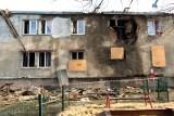 Spalony blok przy Wrońskiej w Lublinie. - Złożyliśmy już wniosek o rozbiórkę - informuje ZNK. Kiedy prace przy burzeniu?