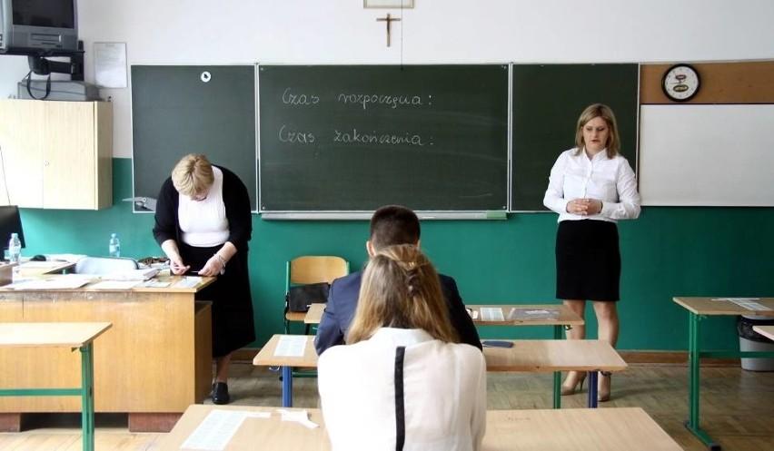 Egzamin gimnazjalny 2016. Część humanistyczna i matematyczno-przyrodnicza (TERMINY)