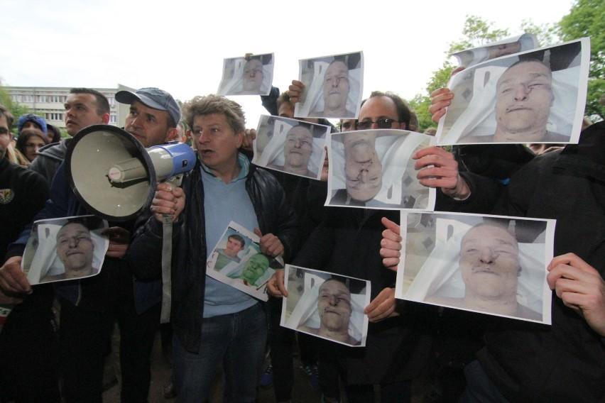 Igor Stachowiak miał wcześniej zatarg z policjantem, który go torturował