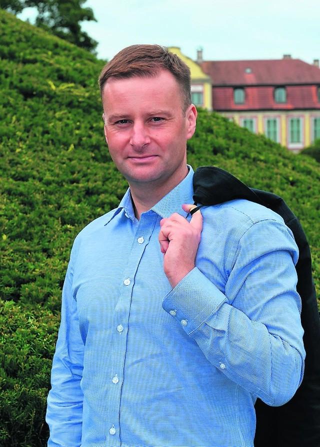 Olaf Dramowicz, to sprawny menadżer, założyciel klubu i organizator cenionego turnieju Euronadzieje.