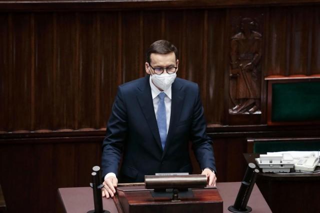 Konferencja premiera i szefa MSWiA. Morawiecki: Tworzymy służbę, która specjalnie będzie zajmować się problemami cyberprzestępczości