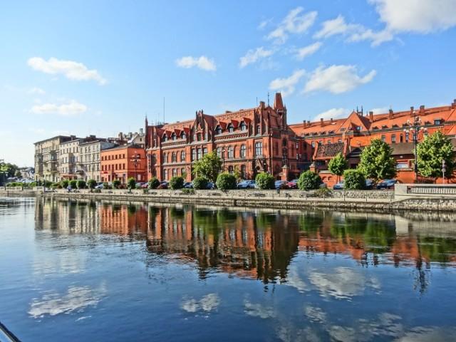 Bydgoszcz pozytywnie zaskakuje. Zobacz, jakie atrakcje czekają w tym mieście.