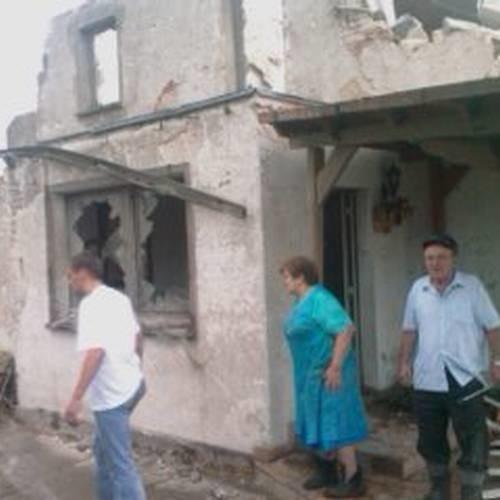 W Balcarzowicach wiele domów zostało zmiecionych.