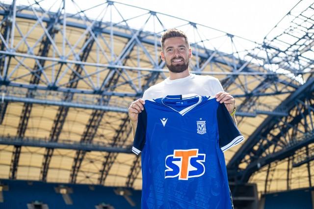 Artur Sobiech po podpisaniu kontraktu wyjechał na zgrupowanie Lecha Poznań do Opalenicy.