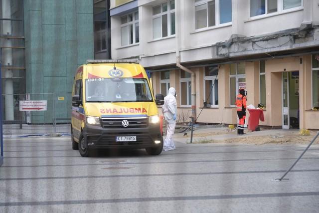 Od początku pandemii w Toruniu potwierdzono prawie 14 tys. przypadków koronawirusa