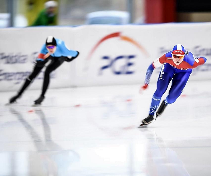 Natalia Jabrzyk (od prawej) jest jedną z polskich kandydatek do medali Mistrzostw Świata juniorów w łyżwiarstwie szybkim, które rozpoczną się w piątek w Tomaszowie Mazowieckim
