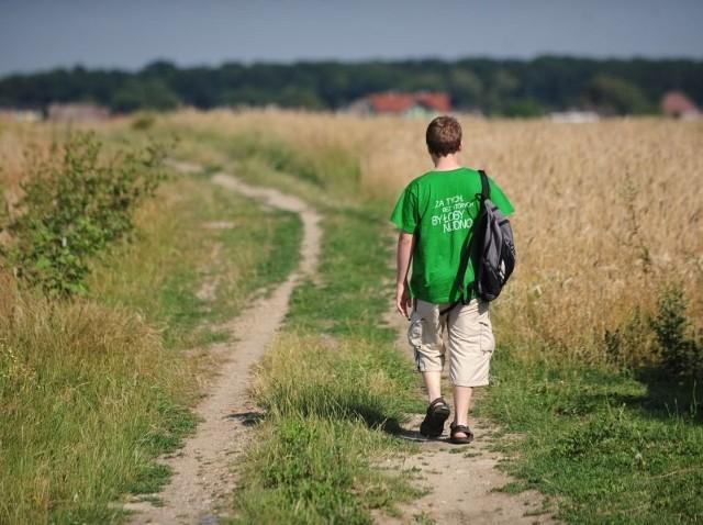 Prawa przeciw nieletnim umawiającym się z dorosłymi