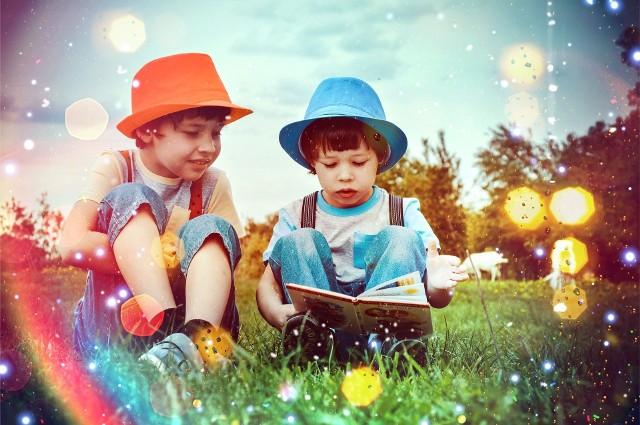 """Oto Złota Dwudziestka książek na 20-lecie kampanii """"Cała Polska czyta dzieciom"""" według liczby głosów (od miejsca 20. do 1.)Która książka zwyciężyła? Sprawdźcie, oglądając naszą galerię! ------->>>"""