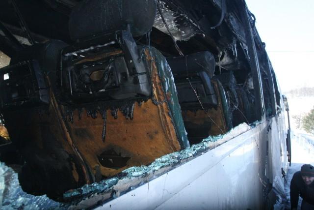 Pożar autobusu w Trzetrzewinie.