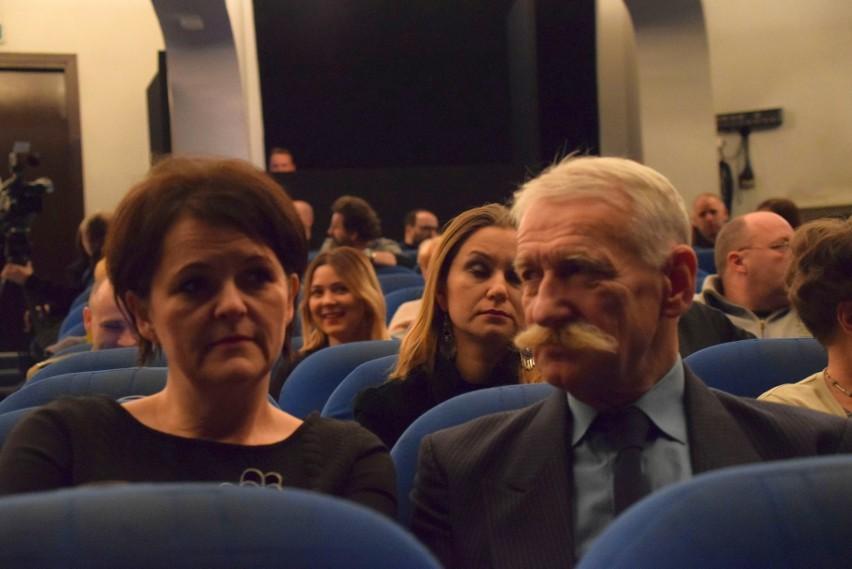 """Teatr Dramatyczny. """"Obława"""" - czytanie performatywne tekstu..."""