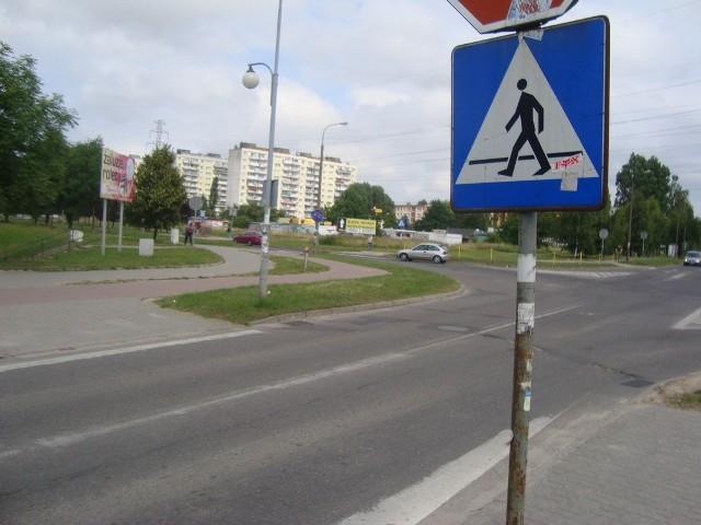 Tak wyglądają pasy (?) na ul. Szarych Szeregów w Gorzowie