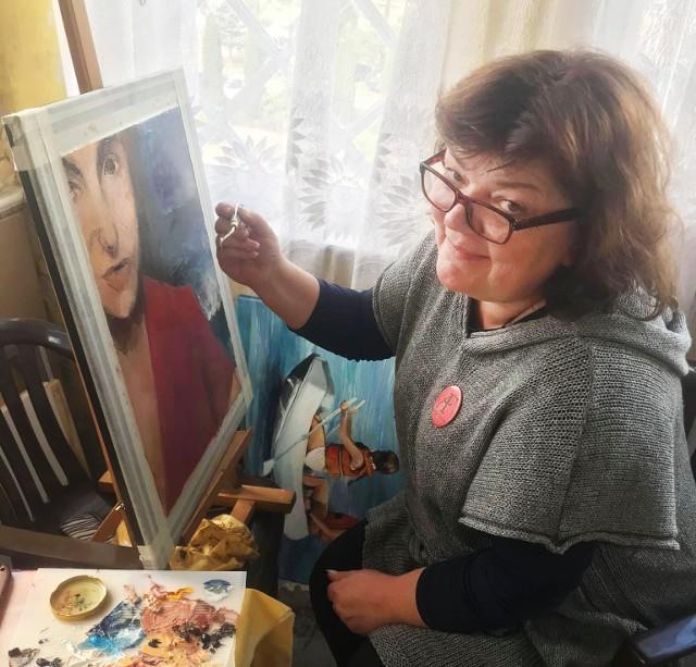 Ewa Grużewska - malarka i rzeźbiarka ze Starkowa, zawsze pomagała innym, teraz sama potrzebuje pomocy