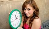 Zmiana czasu KIEDY PRZESTAWIAMY ZEGARKI? Najwyższy czas na zmianę wskazówek zegara na czas letni